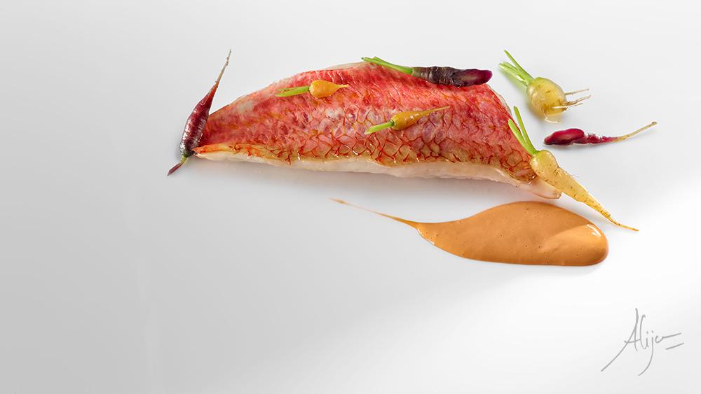 Rouget au jus de carottes et cardamome